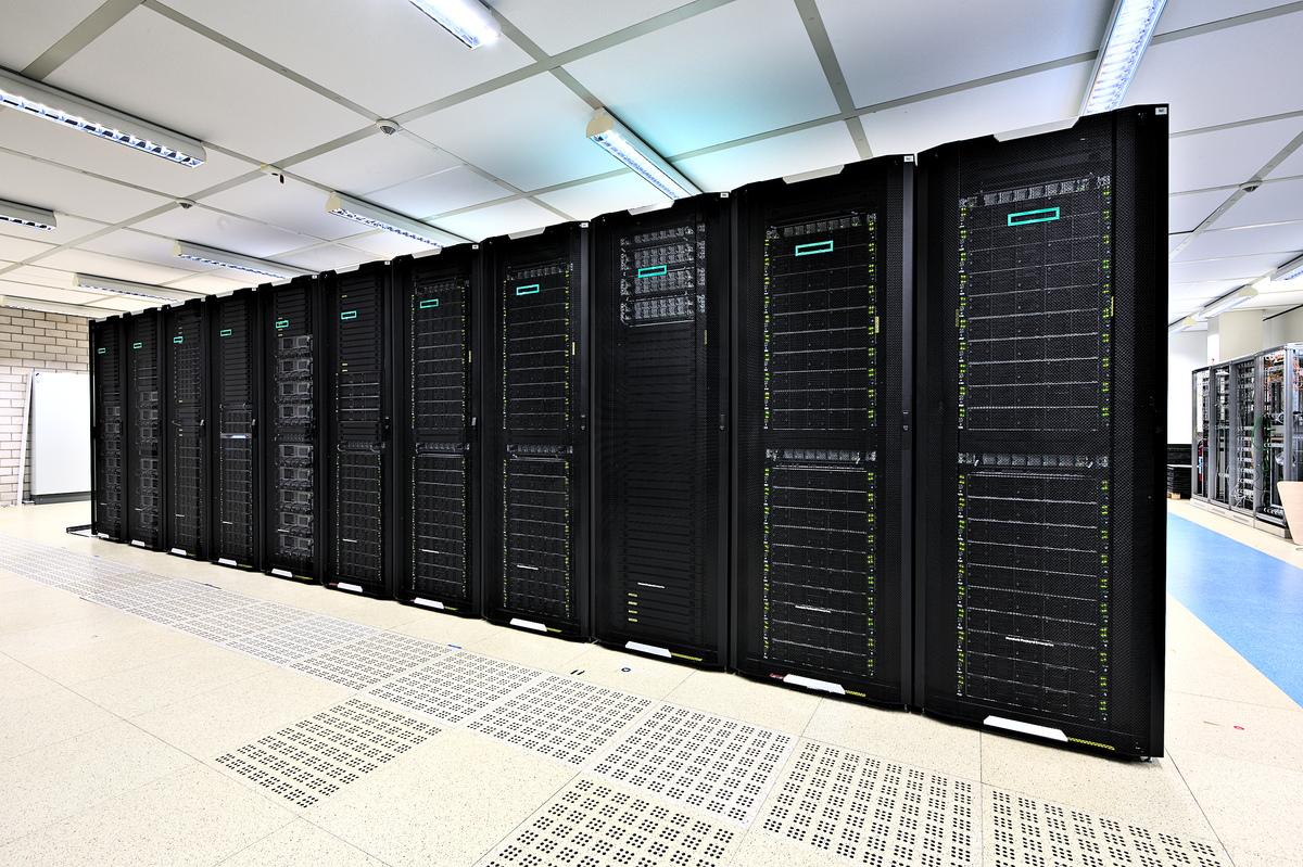 frontend/src/assets/img/server.jpg